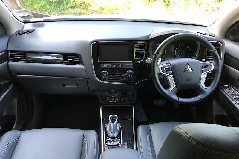 2018 Mitsubishi Outlander RS4 2.0 PHEV Automatic (Reference 3345)