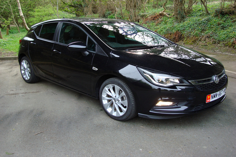 2018 Vauxhall Astra 1.4i (100ps) Tech Line Nav (Reference 3283)