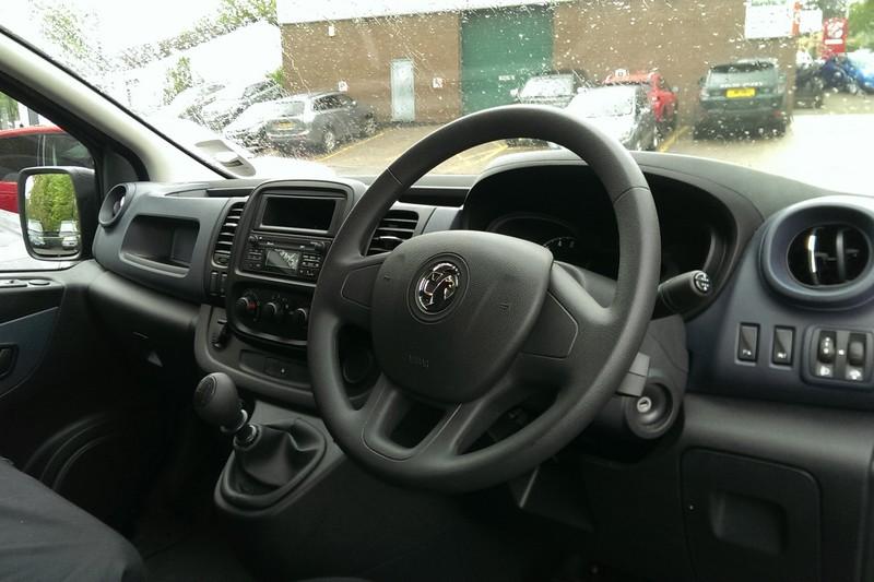 2018 Vauxhall Vivaro Panel Van CDTi 2700 L1 H1 (95ps) 1.6D (Reference 3233)